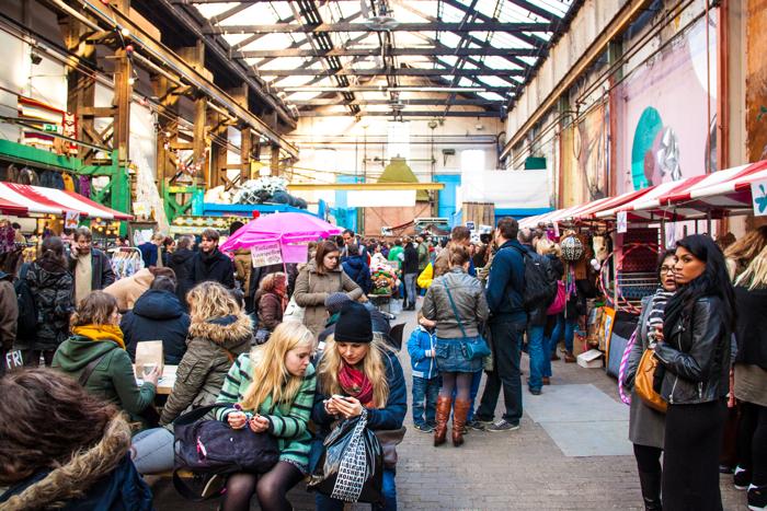 Winnaar Yogaswing Hippiemarkt ROEST Amsterdam